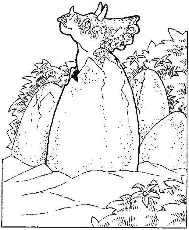 Трицератопс вылупился из яйца