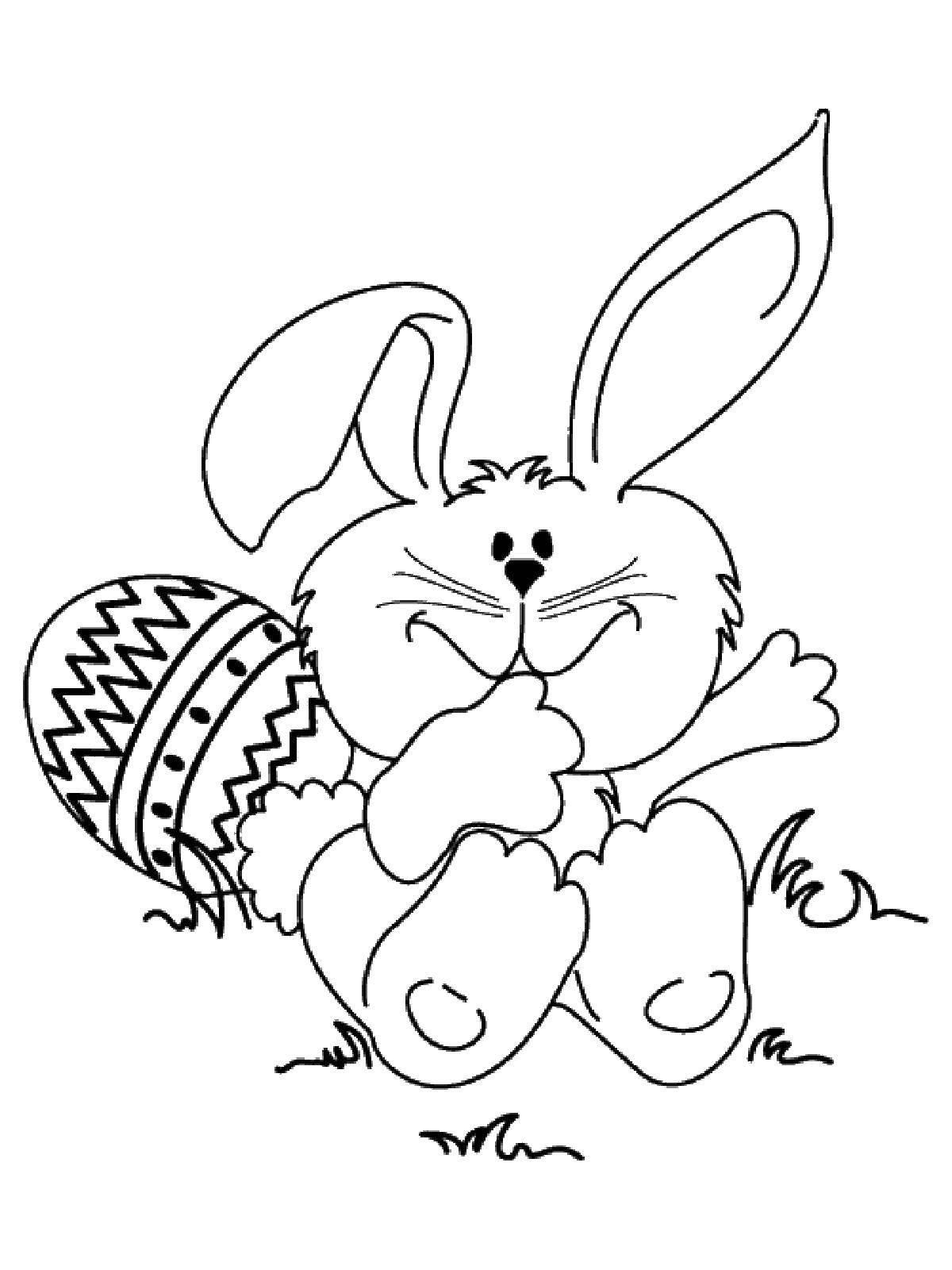 Раскраски зайцы, зайчиха, зайчонок  Заяц возле яйца